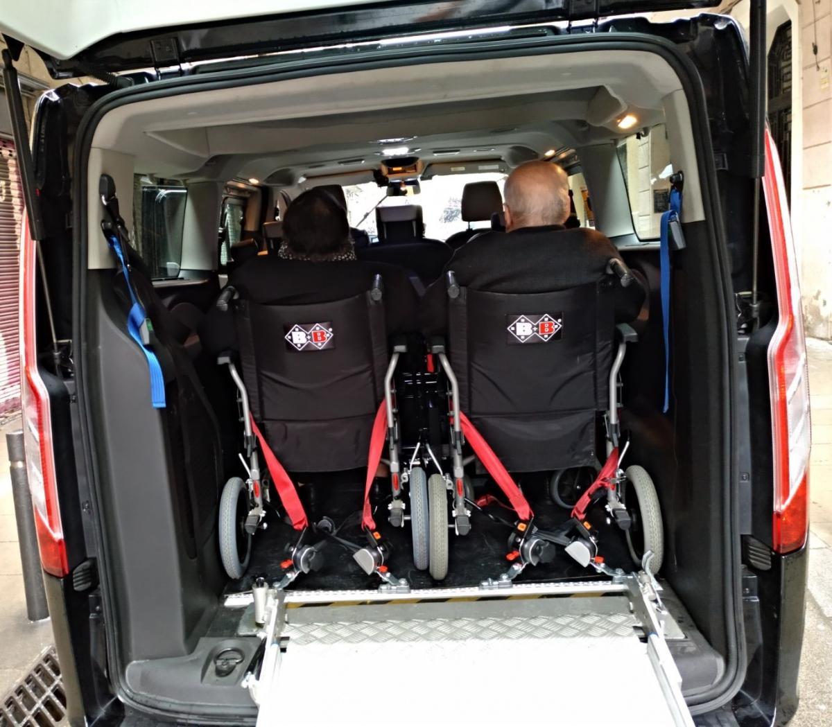 taxi adaptado silla de ruedas barcelona